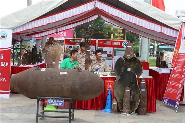 Tren 1.000 nguoi dieu hanh huong ung Ngay the gioi phong chong bom min hinh anh 2