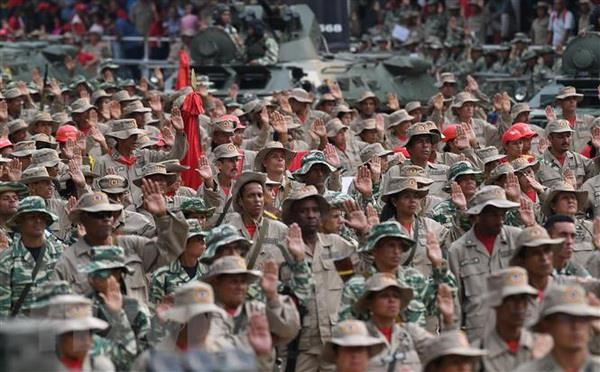 Venezuela tang cuong them 1 trieu thanh vien cho luc luong dan quan hinh anh 1