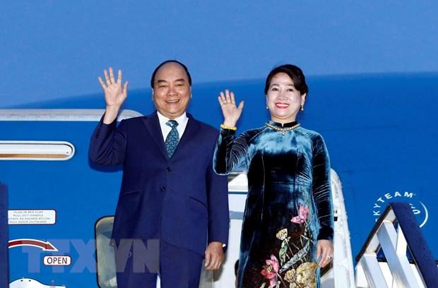 Thu tuong Nguyen Xuan Phuc bat dau tham chinh thuc Romania hinh anh 1