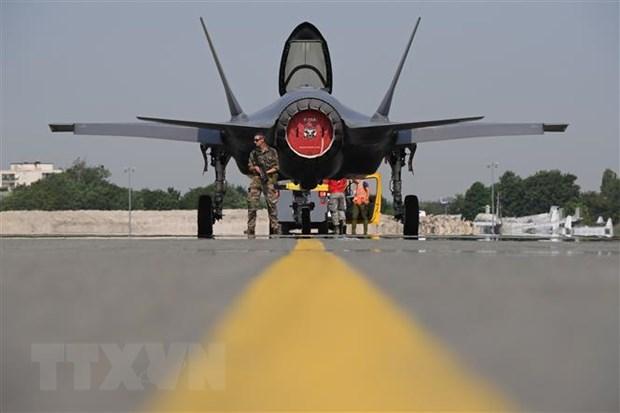 Nhat Ban khong thay doi ke hoach mua chien dau co F-35 hinh anh 1