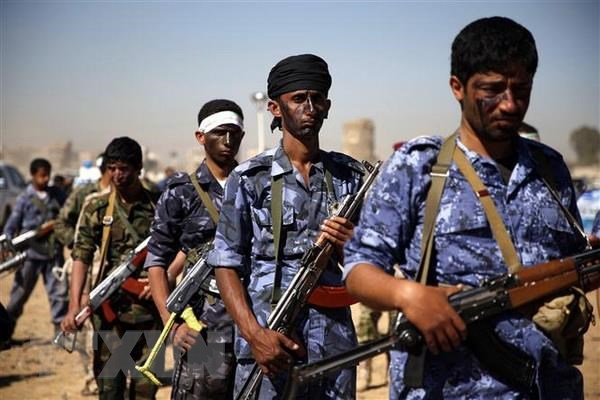 Houthi tan cong, hang chuc binh sy Saudi Arabia thiet mang hinh anh 1