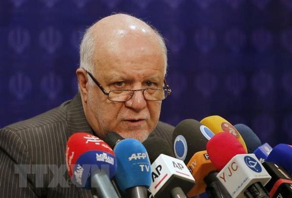 Iran: Saudi Arabia va UAE da phong dai ve san luong dau mo hinh anh 1