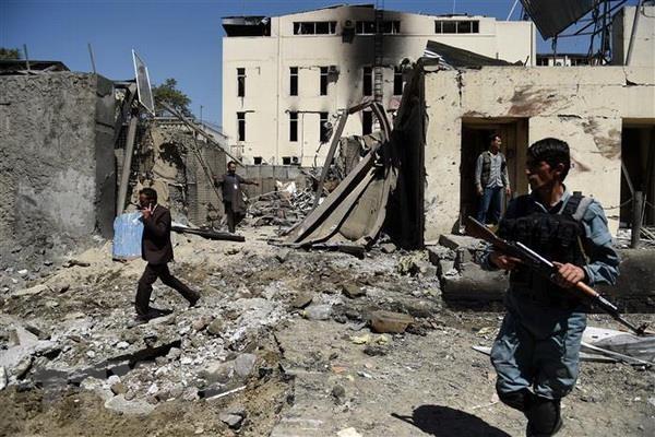 Afghanistan: Cac tay sung Taliban tham nhap vao tru so to chuc cuu tro hinh anh 1