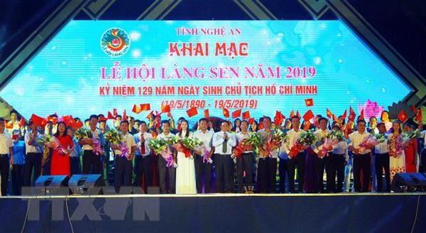 Khai mac Le hoi Lang Sen nam 2019 mung sinh nhat Bac hinh anh 1