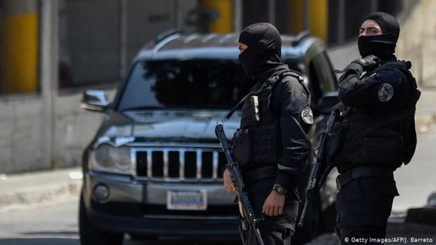 Venezuela: Bao loan tai nha tu, hang chuc nguoi thuong vong hinh anh 1