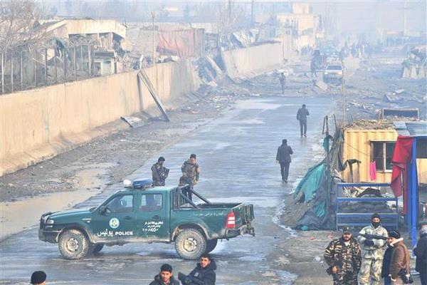 Afghanistan: Danh bom xe cho nhan vien chinh phu tai thu do Kabul hinh anh 1