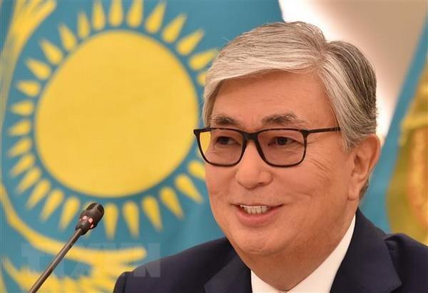 Tong Bi thu, Chu tich nuoc gui Dien mung Tong thong Kazakhstan hinh anh 1