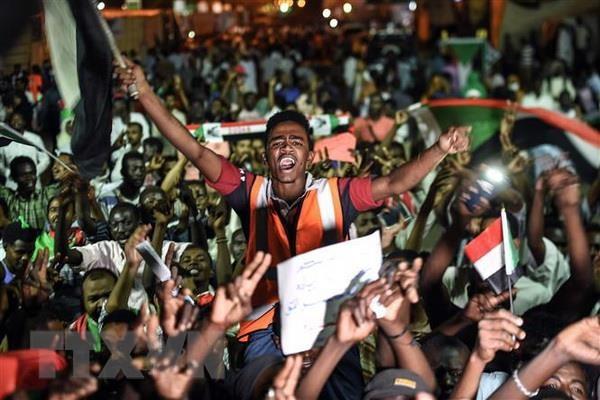 Sudan: Lien minh vi tu do va thay doi keu goi bieu tinh vao ban dem hinh anh 1