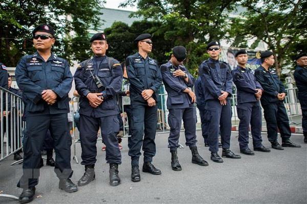 Gan 10.000 canh sat Thai Lan dam bao an ninh cho hoi nghi ASEAN hinh anh 1