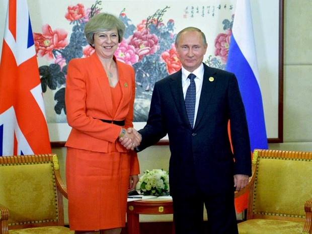 Tong thong Nga va Thu tuong Anh gap nhau ben le Hoi nghi G20 hinh anh 1