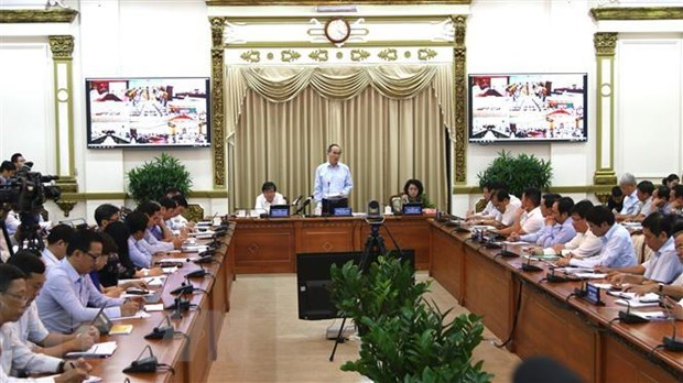 Thanh pho Ho Chi Minh chuyen minh, tang toc cai cach hanh chinh hinh anh 2