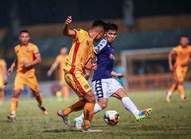 Thang 5 sao truoc Thanh Hoa, Ha Noi FC bo xa TP.HCM 5 diem hinh anh 2