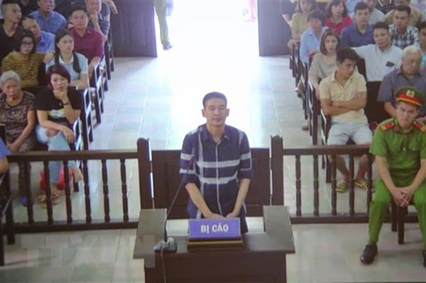 Tuyen phat Tran Dinh Sang 2 nam tu ve toi chong nguoi thi hanh cong vu hinh anh 1
