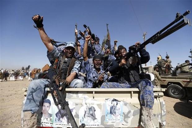 Phien quan Houthi tuyen bo tan cong bien gioi Saudi Arabia hinh anh 1
