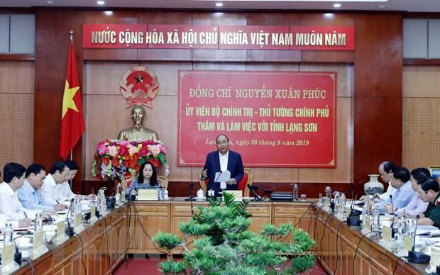 Thu tuong Nguyen Xuan Phuc lam viec voi lanh dao tinh Lang Son hinh anh 1