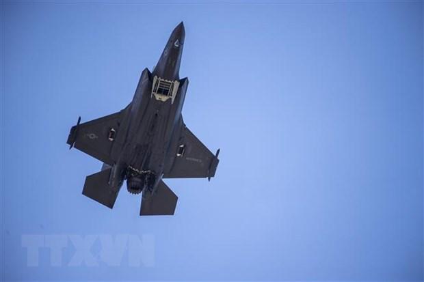 Trieu Tien: Han Quoc trinh dien may bay F-35 la mot moi de doa hinh anh 1