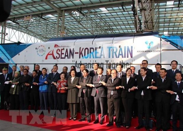 Doan tau ASEAN-Han Quoc: Khoi dau mot hanh trinh moi cua tinh huu nghi hinh anh 2