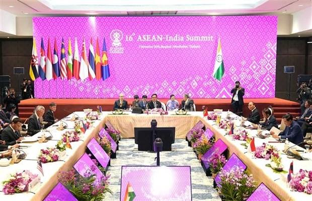 ASEAN nam o trung tam Chinh sach Hanh dong huong Dong cua An Do hinh anh 1