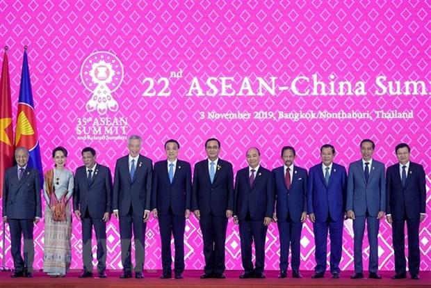 Thu tuong Nguyen Xuan Phuc du Hoi nghi Cap cao ASEAN-Trung Quoc hinh anh 1