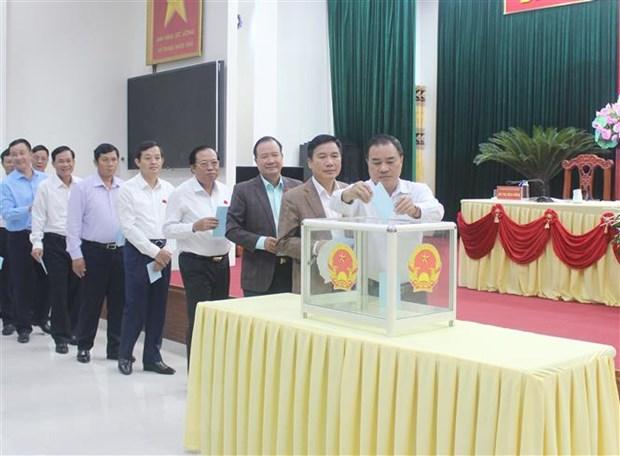 Phe chuan ong Le Quang Tien lam Pho Chu tich UBND tinh Thai Nguyen hinh anh 1