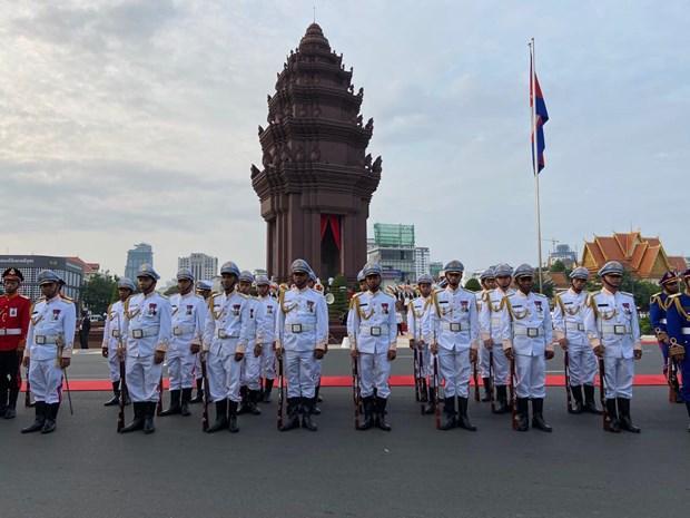 Thu do Campuchia va cac tuyen bien gioi yen binh trong ngay Quoc khanh hinh anh 1