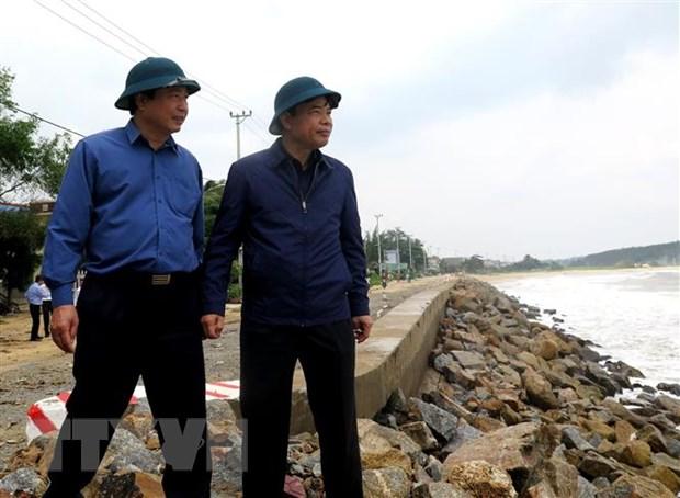 Quang Ngai khan truong bao ve nguoi dan truoc con bao so 6 hinh anh 1