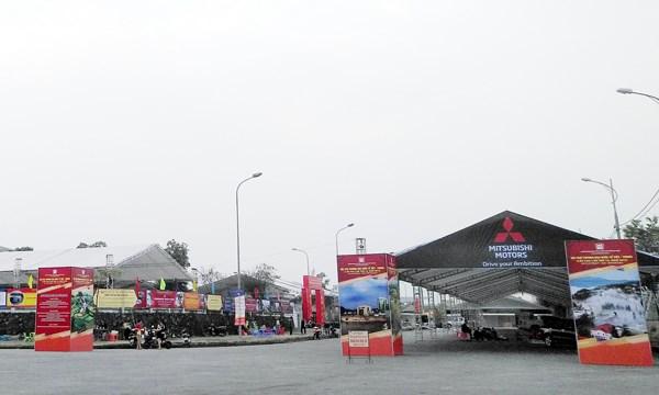 Khai mac Hoi cho Thuong mai quoc te Viet-Trung lan thu 19 hinh anh 1
