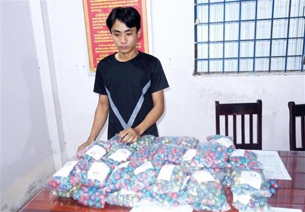 An Giang: Lien tiep bat giu cac doi tuong van chuyen, tang tru phao hinh anh 1