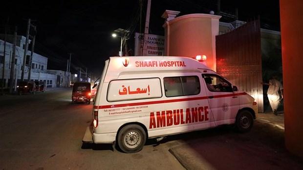 Somalia: Al-Shabaab tan cong khach san o thu do Mogadishu hinh anh 1