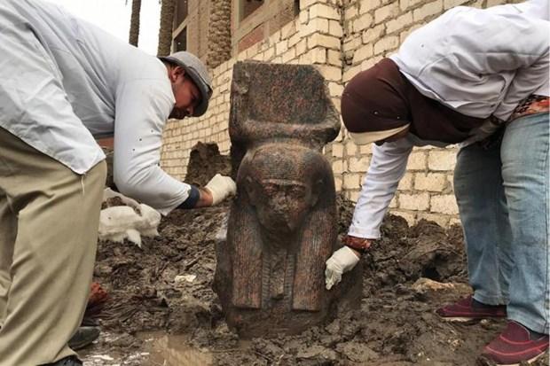 Ai Cap phat hien tuong ban than quy hiem cua vi Vua co dai Ramses II hinh anh 1