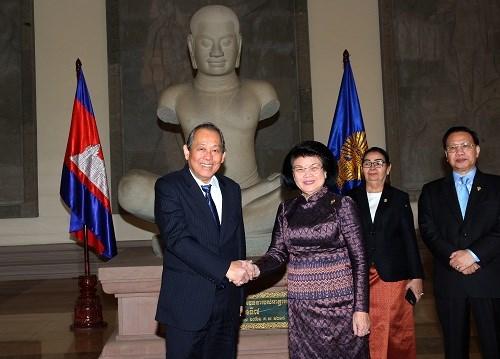Pho Thu tuong Truong Hoa Binh gap lanh dao cap cao Campuchia hinh anh 2