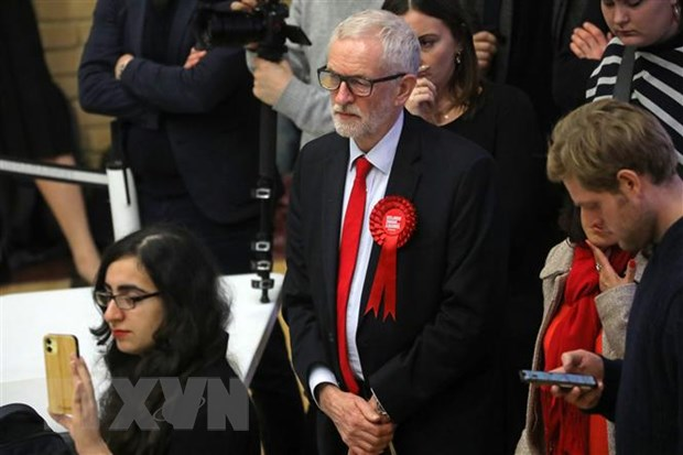 Hau Bau cu Anh: London thoat khoi me cung, Brexit thang tien hinh anh 2
