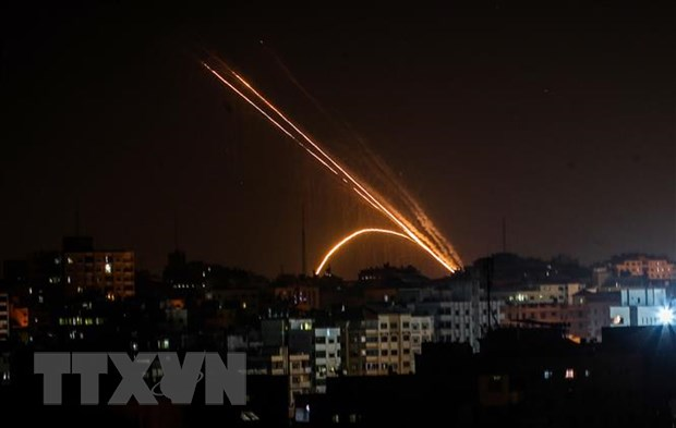Israel khong kich mot nha may vu khi do Hamas kiem soat hinh anh 1