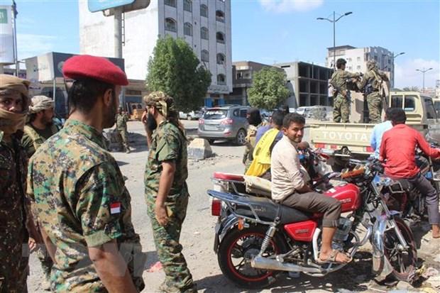Yemen: Cac ben tham chien rut khoi thanh pho chu chot o mien Nam hinh anh 1
