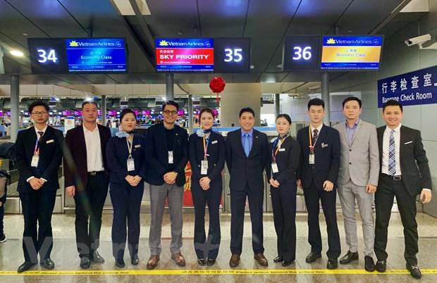 Vietnam Airlines khai truong duong bay Da Nang-Thuong Hai hinh anh 2