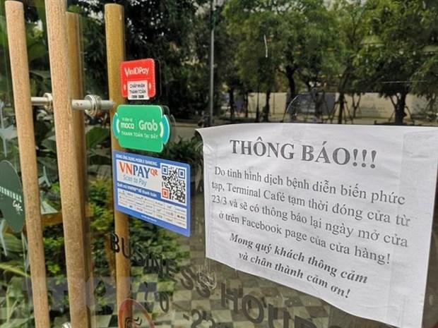 Ha Noi: Nhieu cua hang van hoat dong sau de nghi tam dong cua hinh anh 2