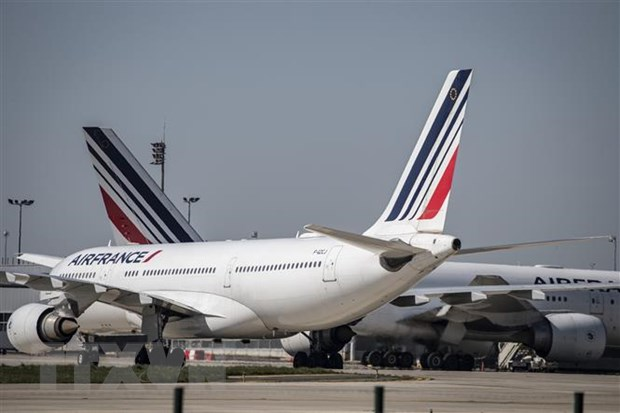 Phap san sang voi cac goi vay ''lich su'' cho Air France va Renault hinh anh 1
