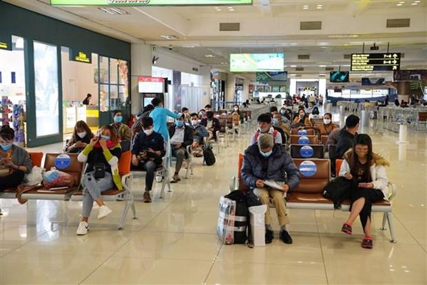 Gia tang luong khach qua Cang hang khong quoc te Noi Bai hinh anh 1
