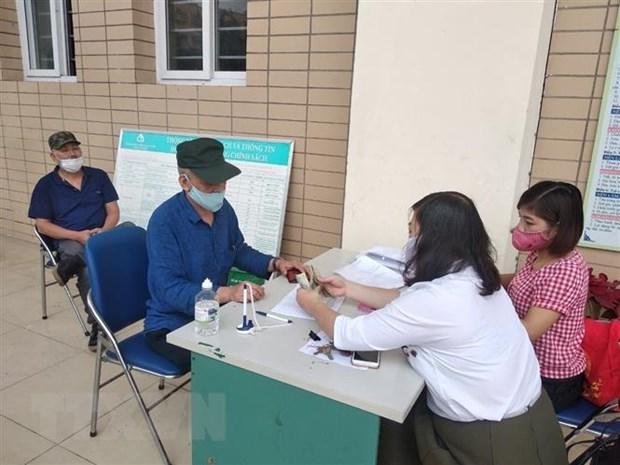 Người dân Hà Nội phấn khởi nhận hỗ trợ trong ngày đầu nghỉ lễ - 2