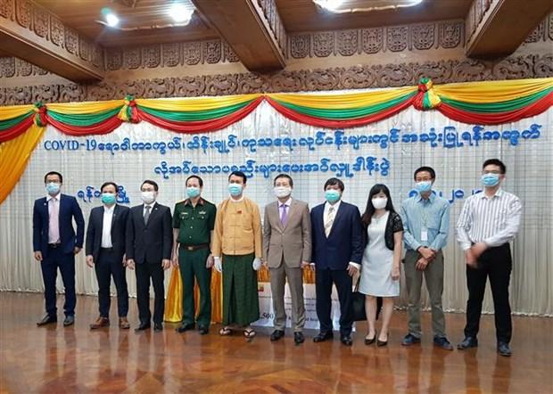 Cong dong nguoi Viet tai Myanmar ung ho Vung Yangon chong COVID-19 hinh anh 2