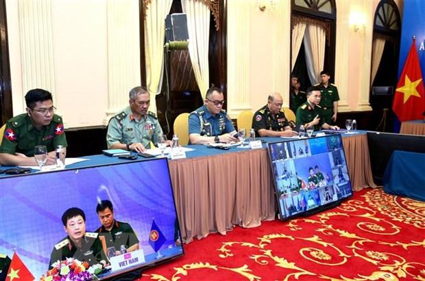 Thuc day hop tac quoc phong ASEAN trong ung pho dich benh COVID-19 hinh anh 2
