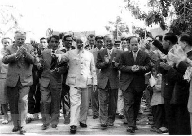 Ky niem 130 nam Ngay sinh Chu tich Ho Chi Minh: Ky uc dac biet ve Bac hinh anh 3