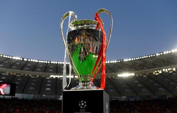 UEFA can nhac cac lua chon cho giai Champions League hinh anh 1