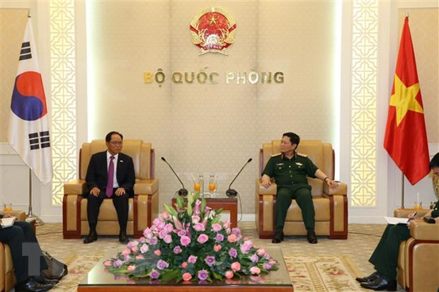 Tang cuong hop tac quoc phong giua Viet Nam va Han Quoc hinh anh 1