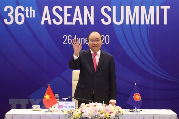 ASEAN 2020: Vuot len cac thach thuc va duy tri tang truong hinh anh 1