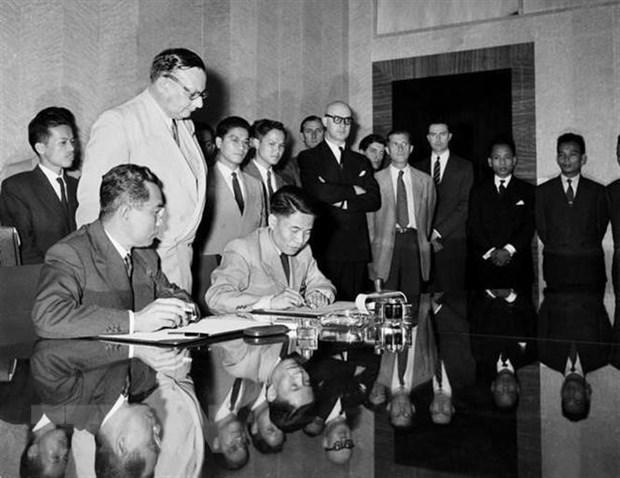 Hiep dinh Geneva 1954 - Thang loi va bai hoc lich su hinh anh 2