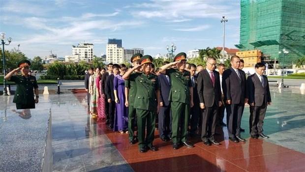 Dang huong tri an cac liet sy quan tinh nguyen Viet Nam tai Campuchia hinh anh 1