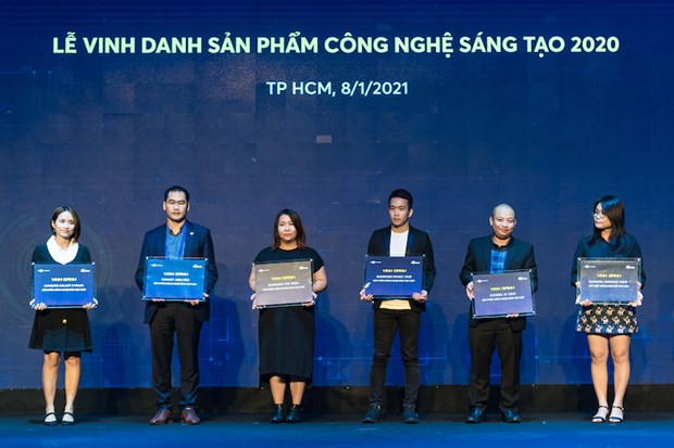 Vsmart - Thuong hieu dien thoai Viet xuat sac nhat Tech Awards 2020 hinh anh 1
