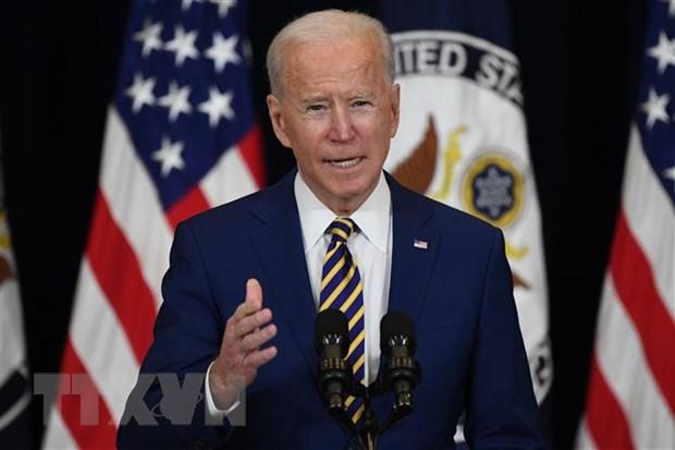 Tong thong Biden: My se khong do bo cac lenh trung phat kinh te Iran hinh anh 1