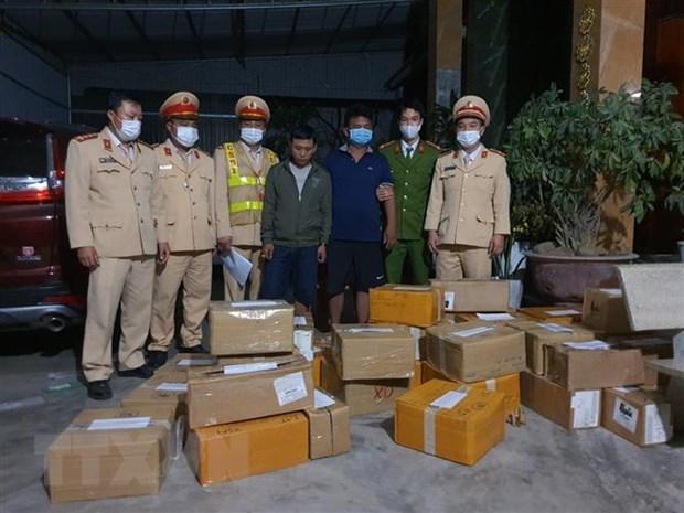 Thanh Hoa: Dieu tra vu van chuyen gan 3.000 iPhone khong co hoa don hinh anh 1